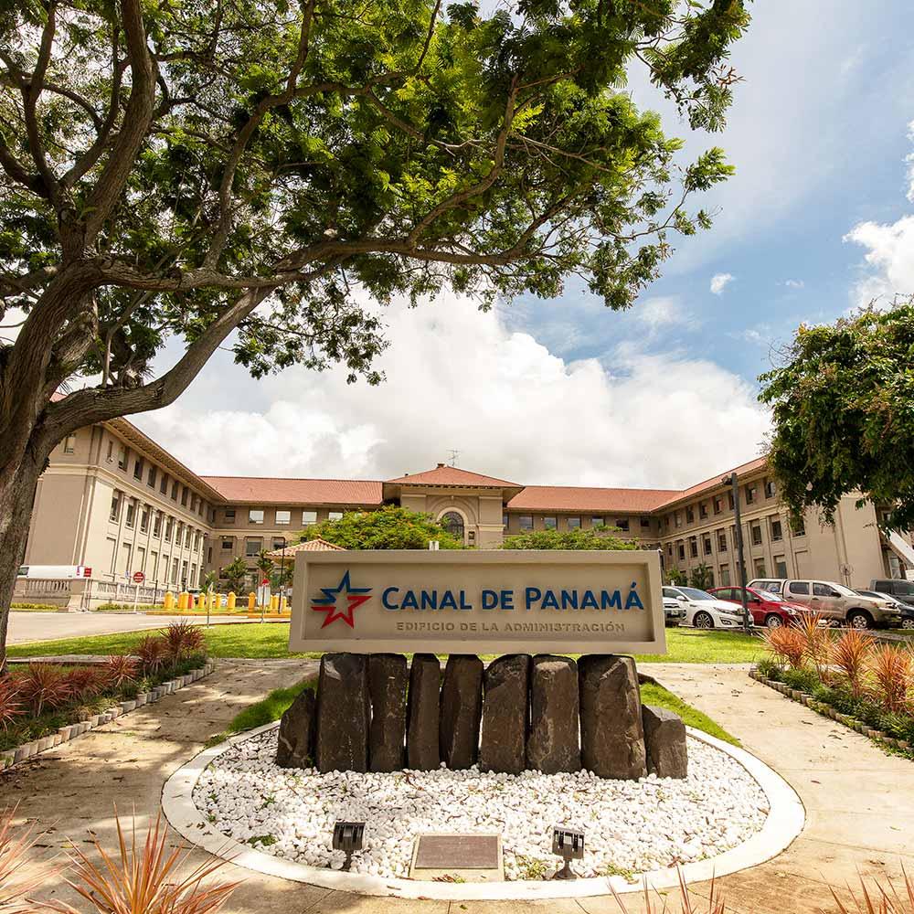 Historia | Edificio de la Administración del Canal de Panamá